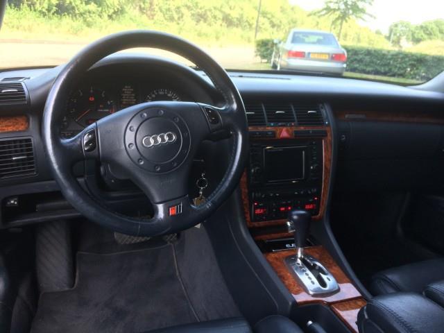 Audi A8 4.2 V8 - 06