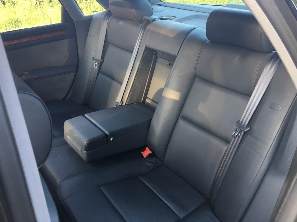 Audi S8 4.2 V8 Quatro automaat 08