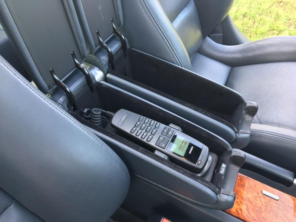 Audi S8 4.2 V8 Quatro automaat 13