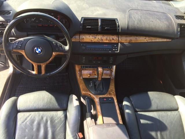 BMW X5 4.4i Executive - 11