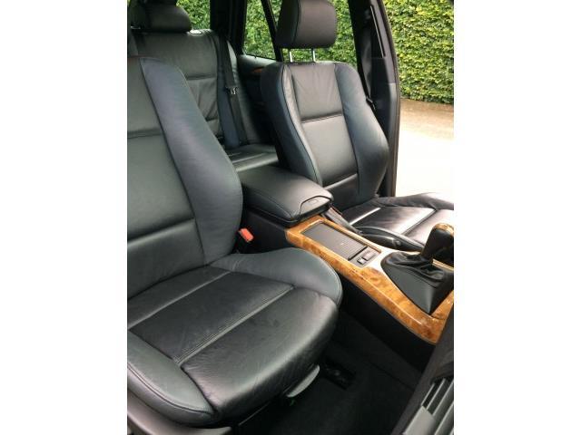 BMW X5 4.4i Executive - 12