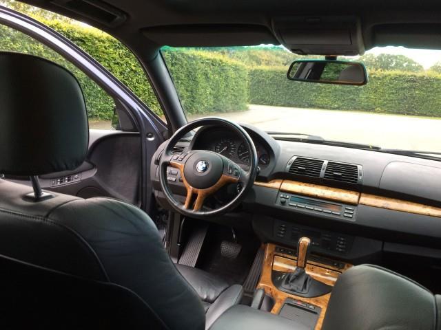 BMW X5 4.4i Executive - 13