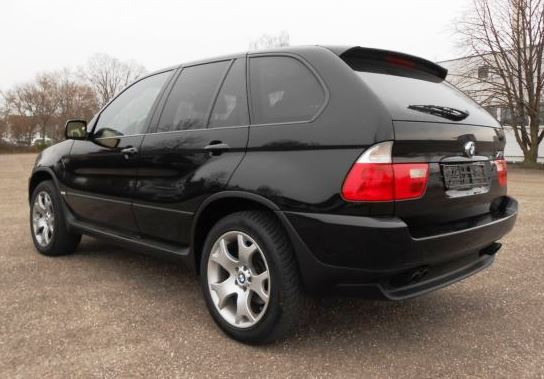 BMW X5 4.4i Executive Sportpakket 02