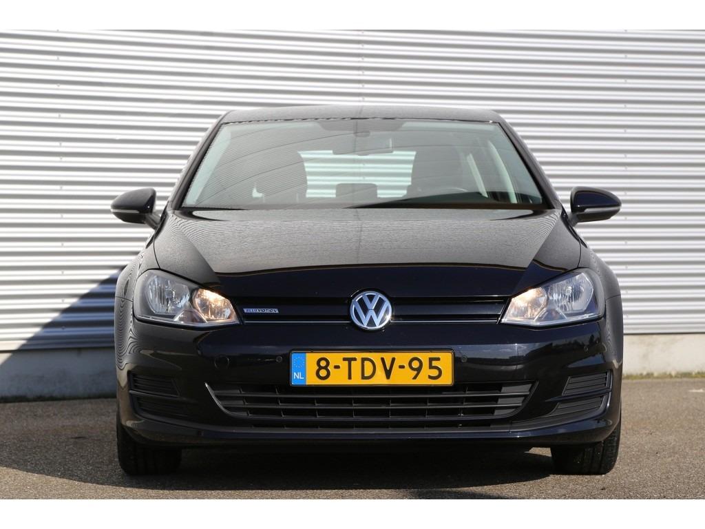 Volkswagen Golf 1.6TDI-05