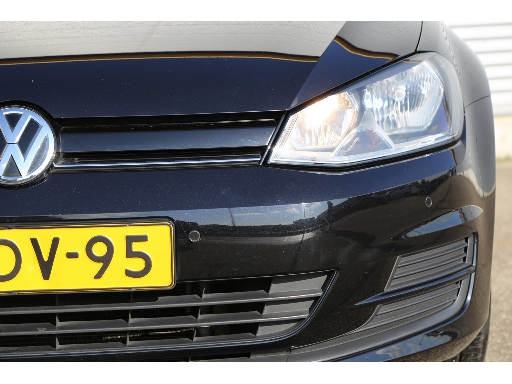 Volkswagen Golf 1.6TDI-17