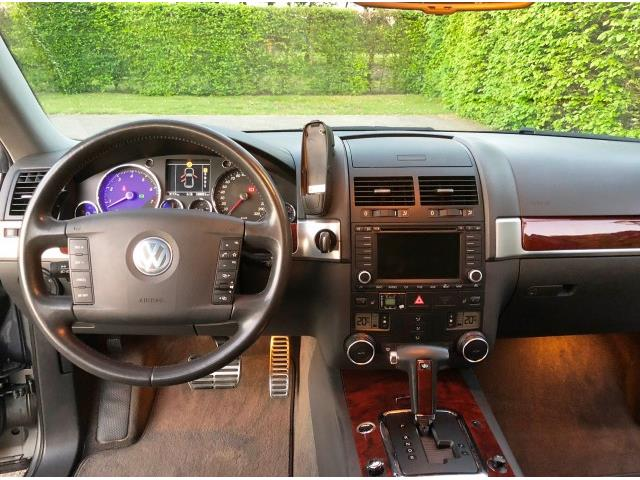 Volkswagen Touareg V8 4.2 - 09