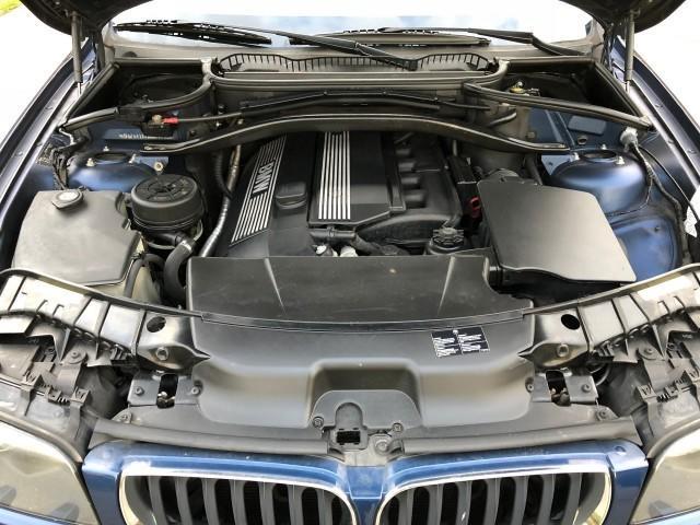BMW X3 3.0i Exe Sport-24