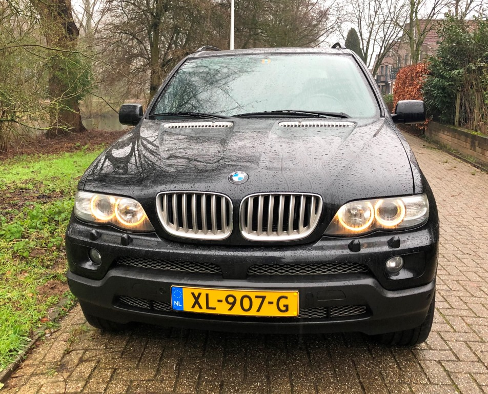 BMW X5 4.4i Executive Sport 002 verkocht