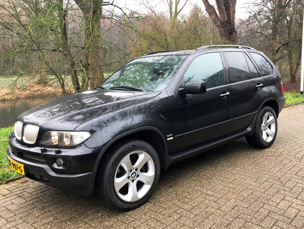 BMW X5 4.4i Executive Sport 003 verkocht