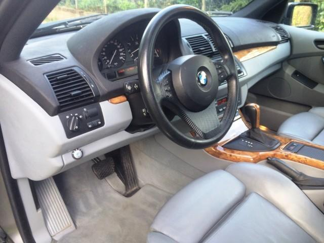 BMW X5 V8 4.4i FACELIFT 10