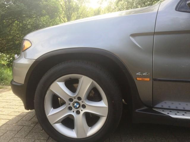 BMW X5 V8 4.4i FACELIFT 23