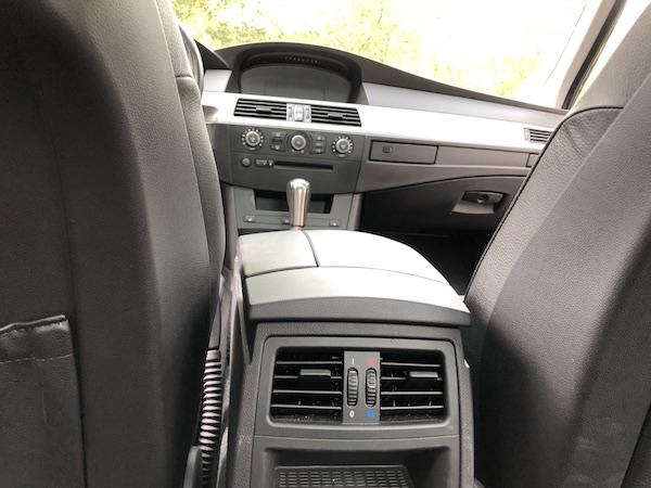 201909-BMW-530-iA-E60-Executive-021
