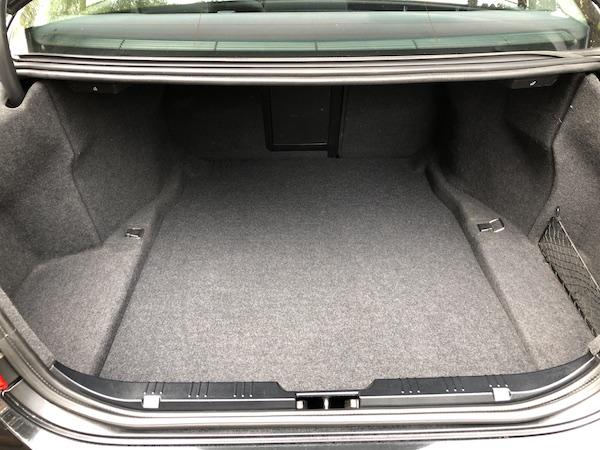 201909-BMW-530-iA-E60-Executive-024
