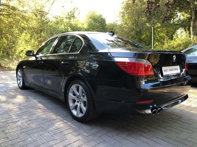 BMW 545 BMW iA E60 High Exec 003