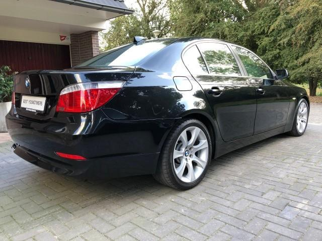 BMW 545 BMW iA E60 High Exec 009